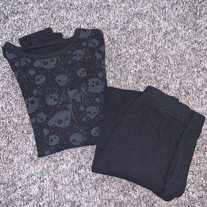 👙Kids Fruit of the Loom Skull Winter Pajama Set